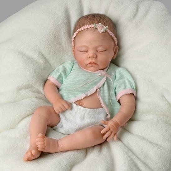 Picture of Adorable Morgan - silicone tummy