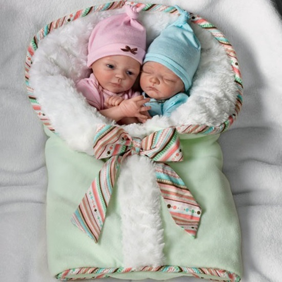 Picture of Madison and Mason - cloth bodies
