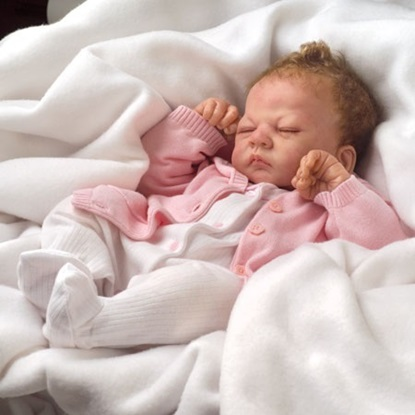 Picture of Tiny Miracle Emmy - Cloth Body