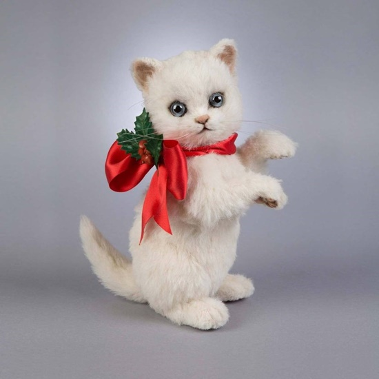"""Picture of """"Holly"""" The Christmas Kitten"""